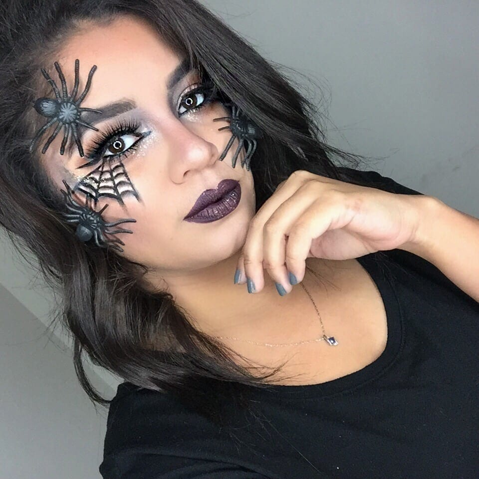 Beauty Mix: Wicked Spider Web Halloween Look