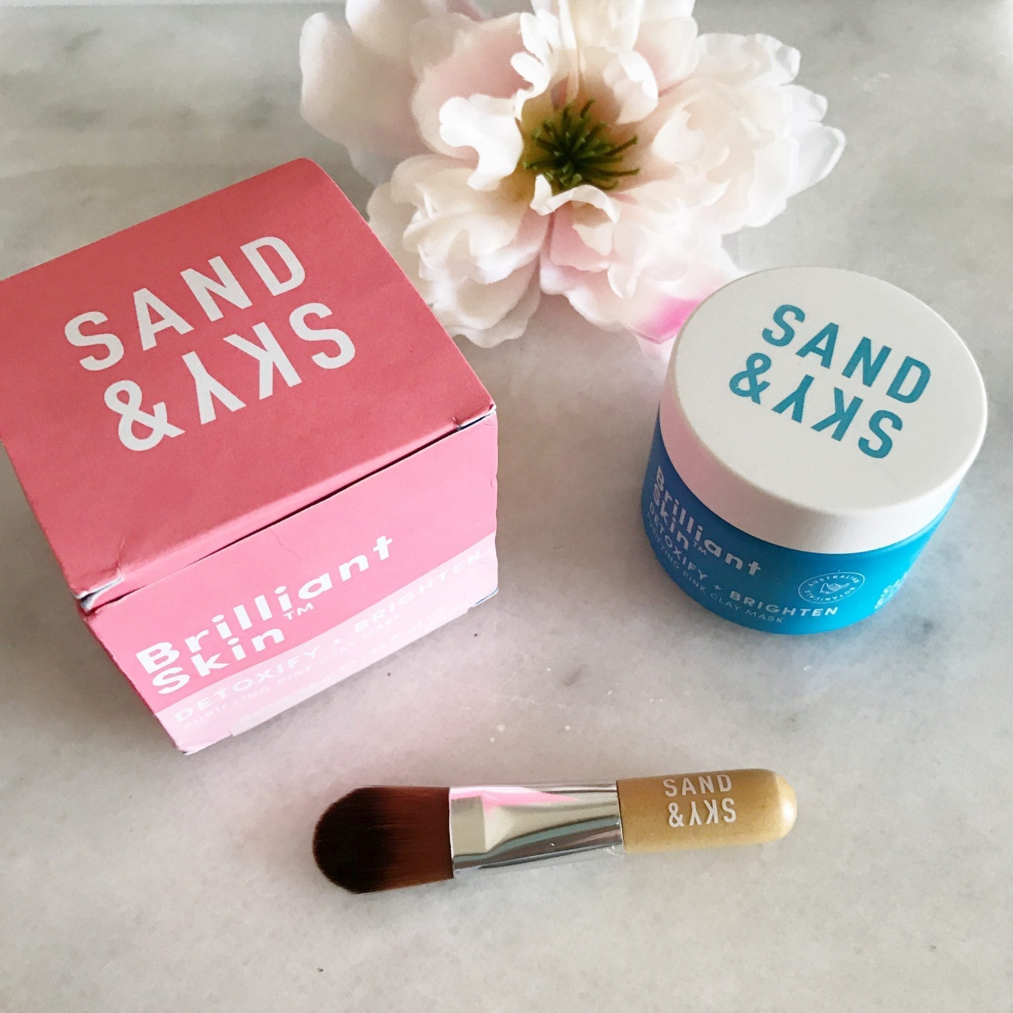 Sand & Sky Detoxifying + Brighten Clay Mask