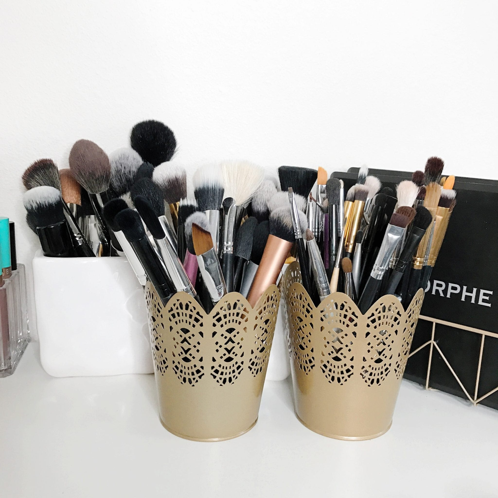 How I Store My Makeup Brush Holders