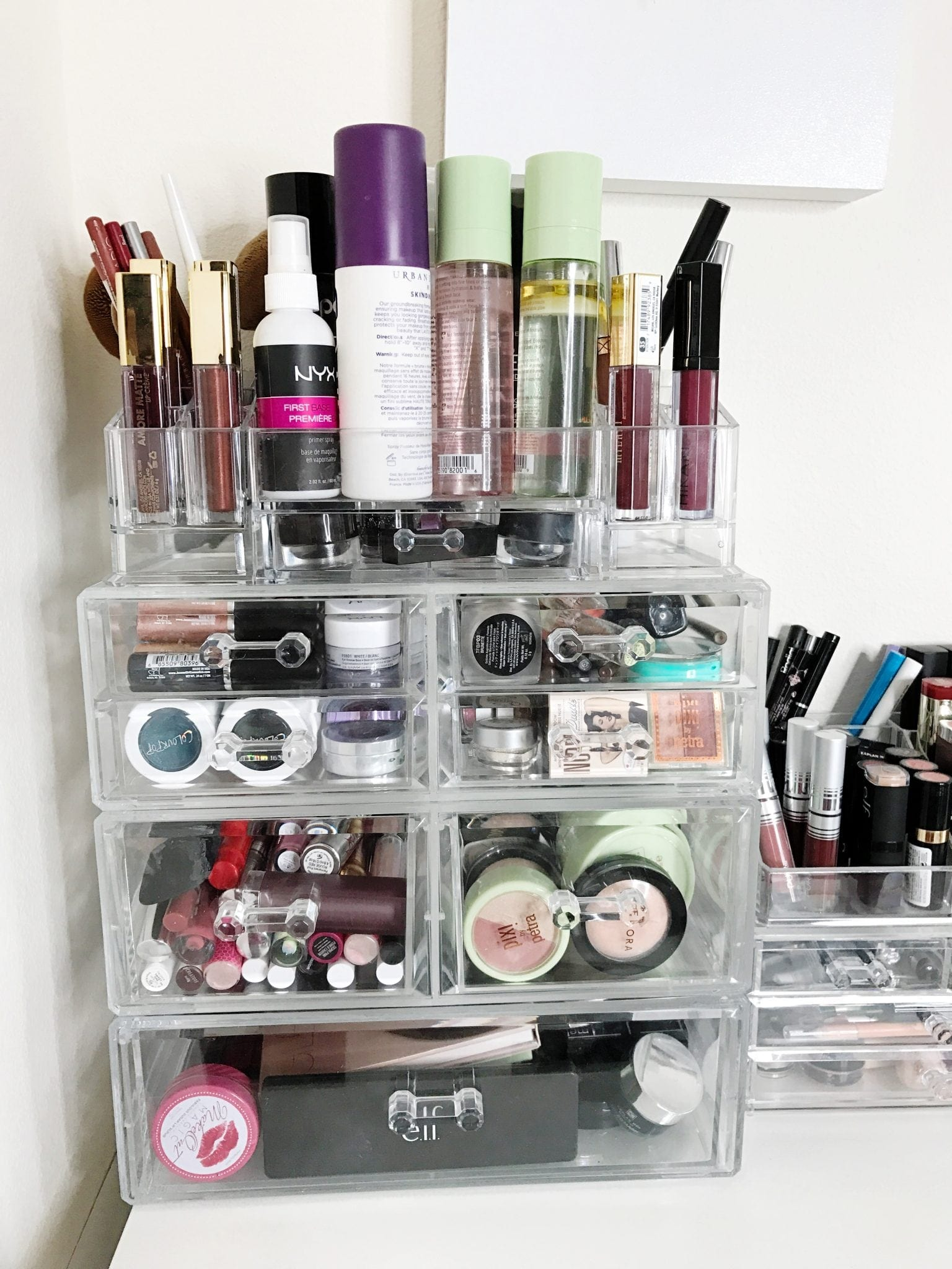 How I Store My Makeup