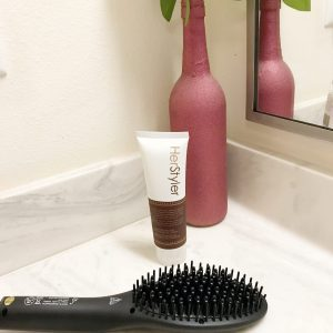How to Get Straight Hair Fast with HerStyler