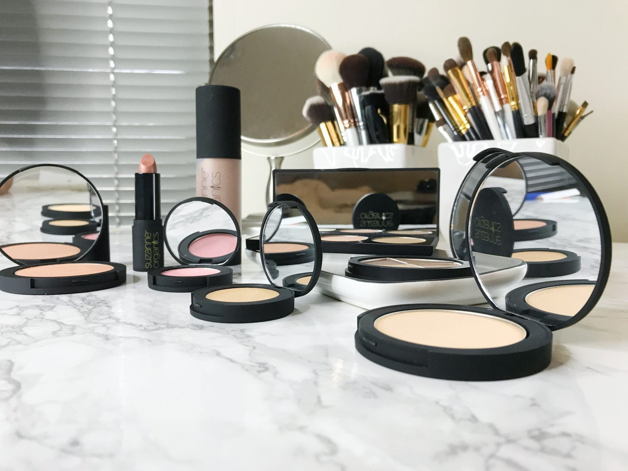 Quick & Simple Fall Makeup Look with Suzanne Somers
