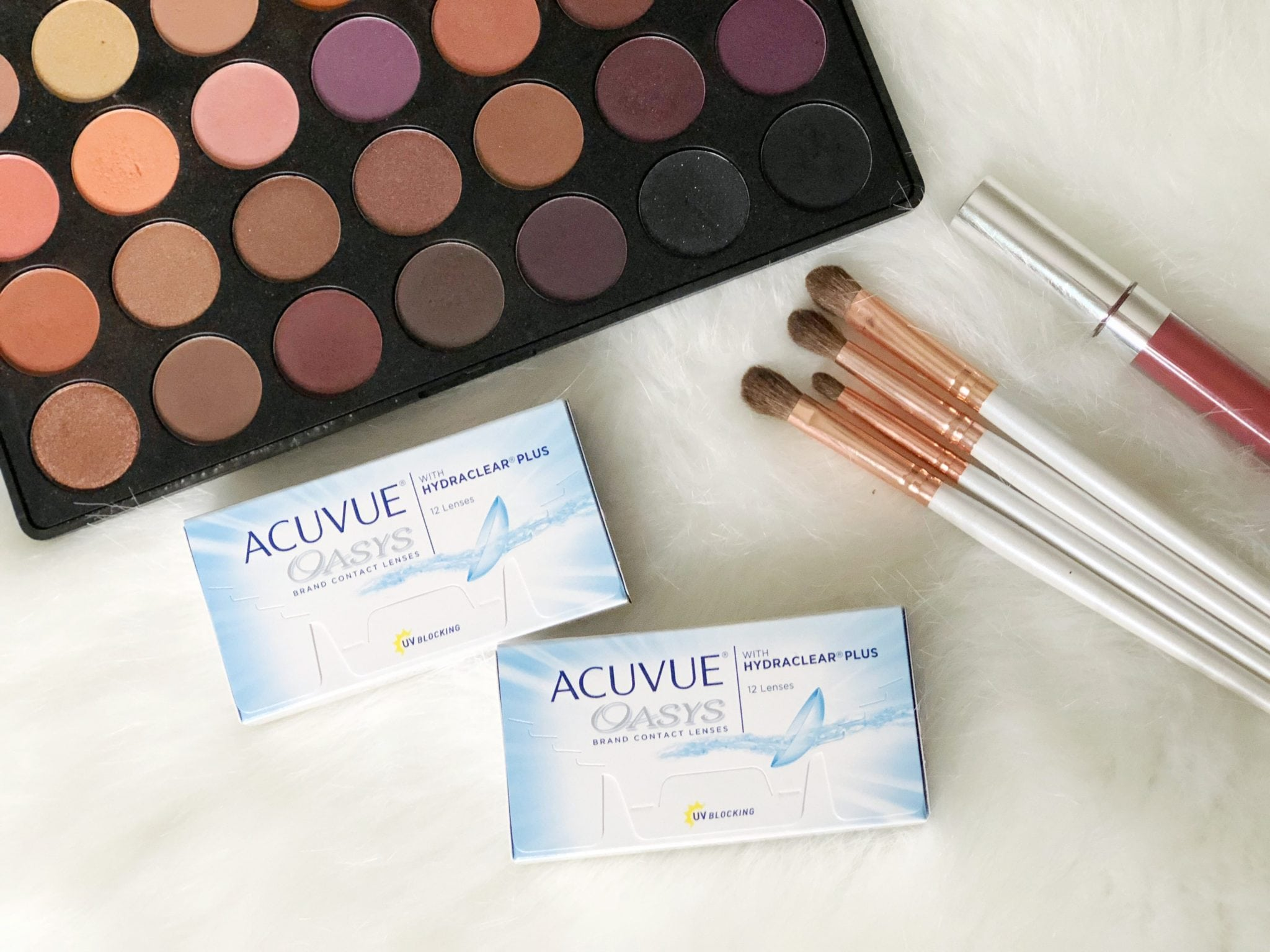 Fall Makeup Look with ACUVUE® Brand Contact Lenses