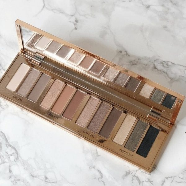 Charlotte Tilbury Instant Eye Palette Review + Looks