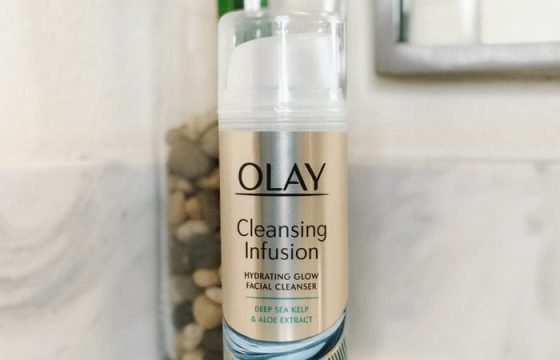 How to Get a Summer Glow from a Soy-Based Facial Cleanser