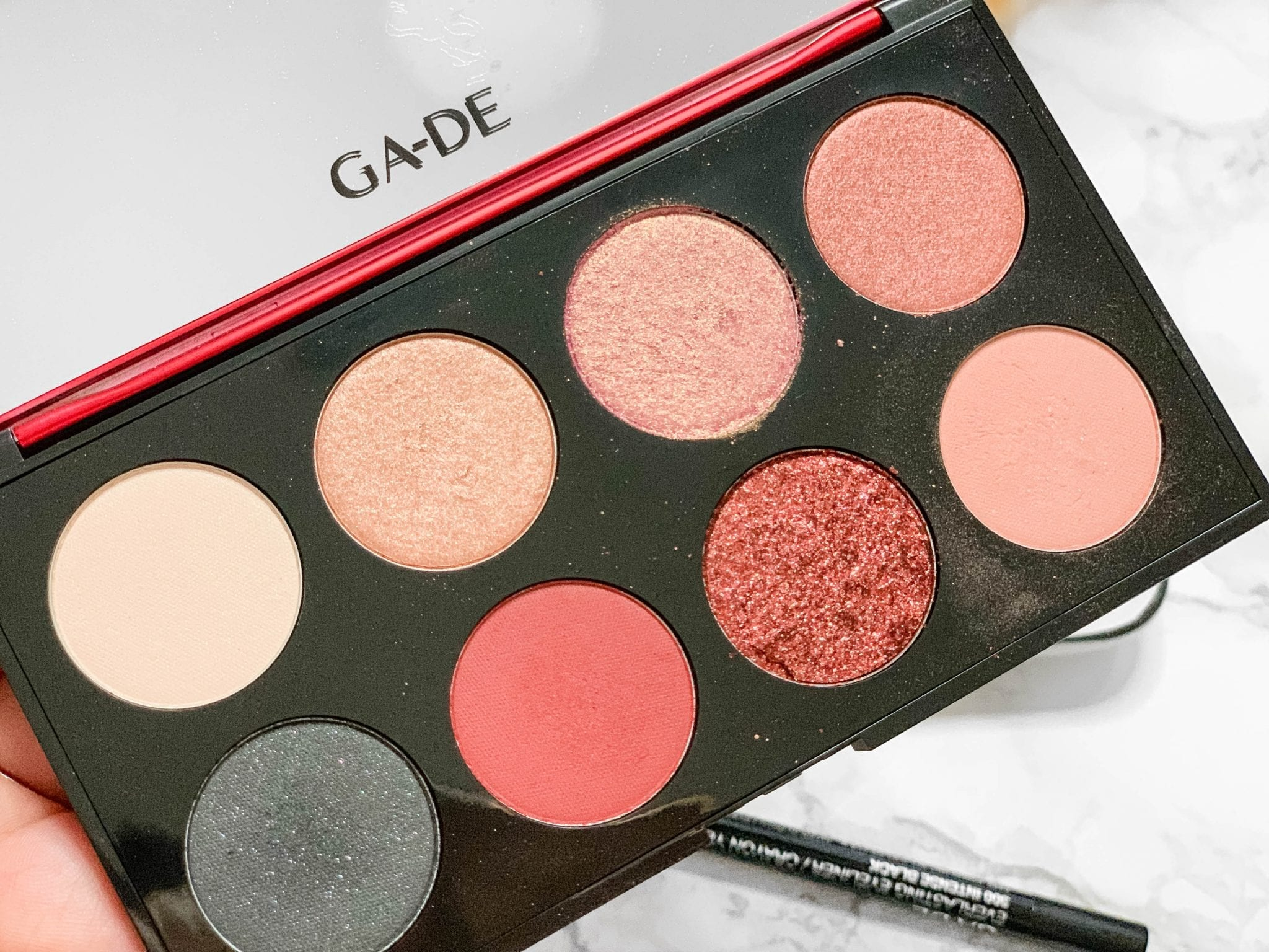 Sparkly Valentine's Day Makeup with Ga-De Glamhour
