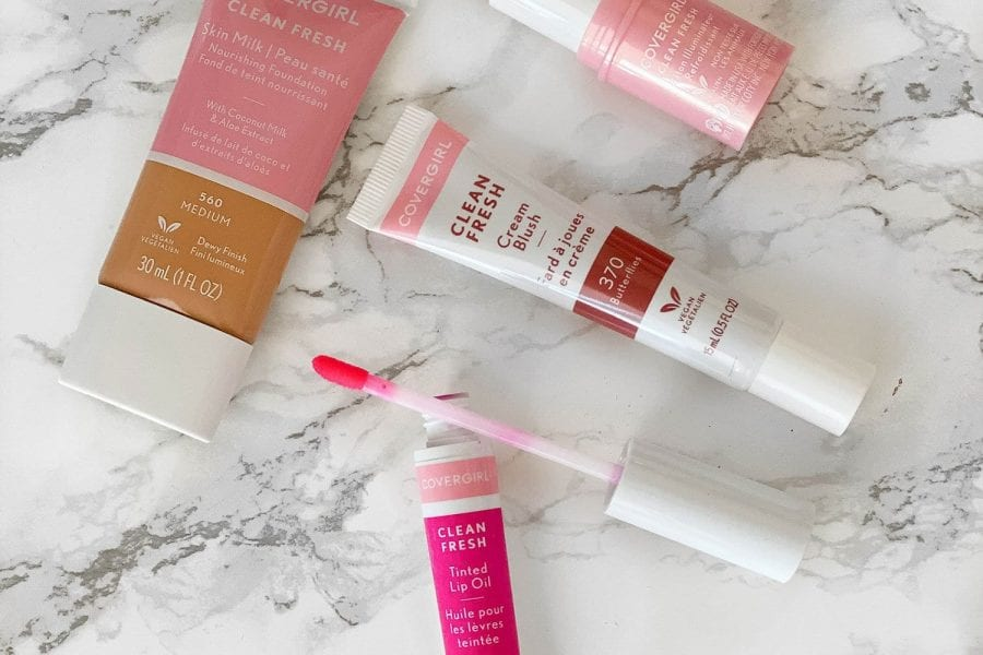 COVERGIRL Clean Fresh Skin Collection